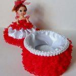 кукла шкатулка красная