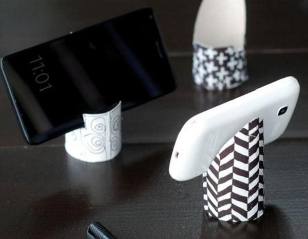 подставка для телефона из втулки