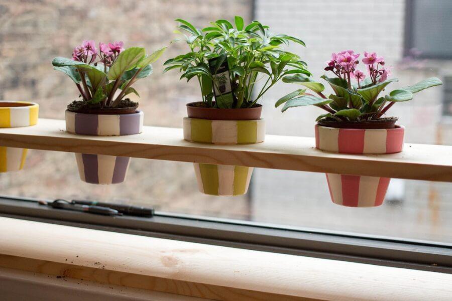подставка для цветов на подоконник