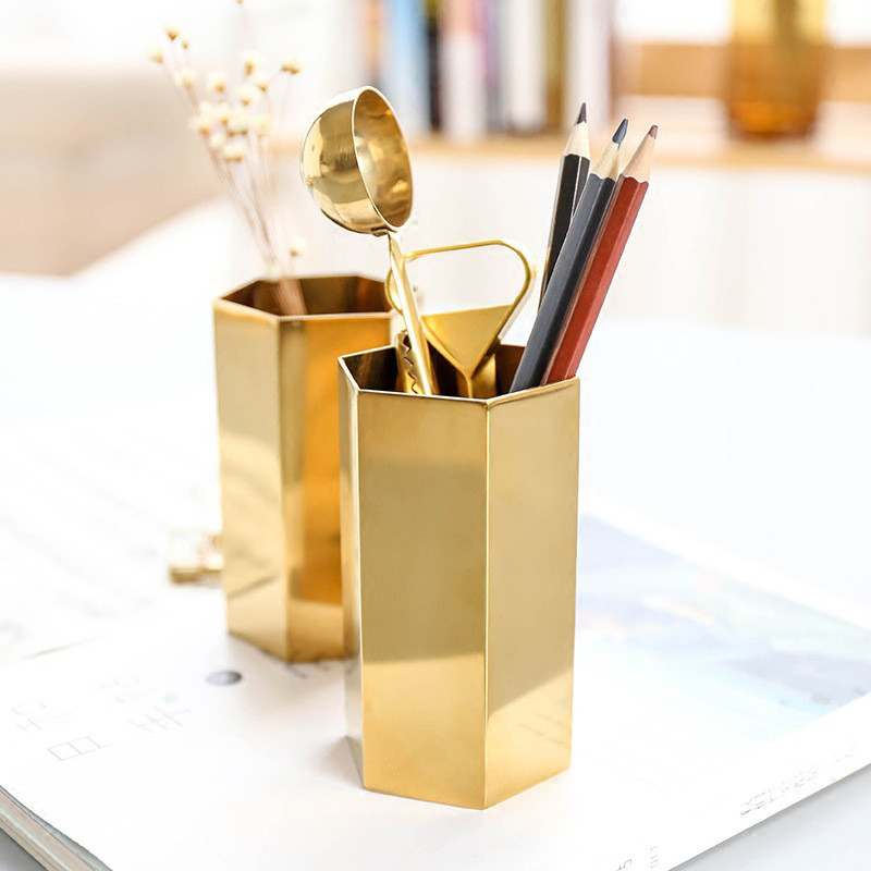 подставка для карандашей золотая