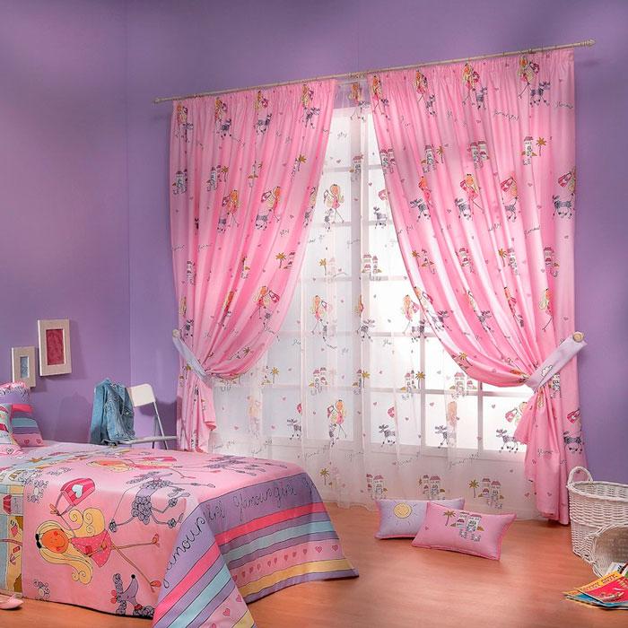 Розовые занавески и сиреневые стены в детской комнате