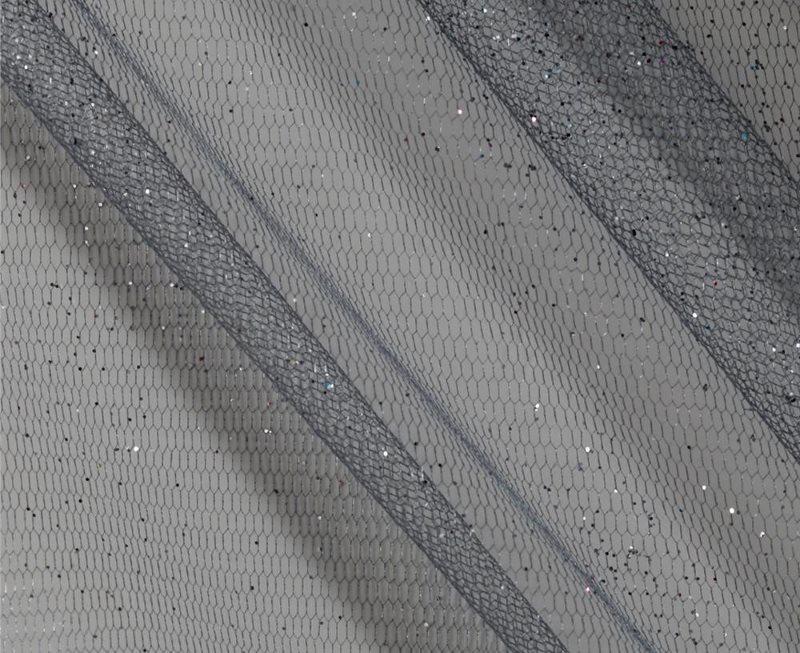 Серый тюль сетка с ячейками геометрической формы