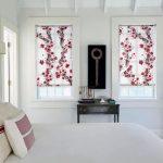 Растительный орнамент на полотне рулонных штор