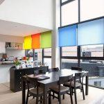 Цветные шторы рулонного типа