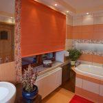 штора рулонная в ванной