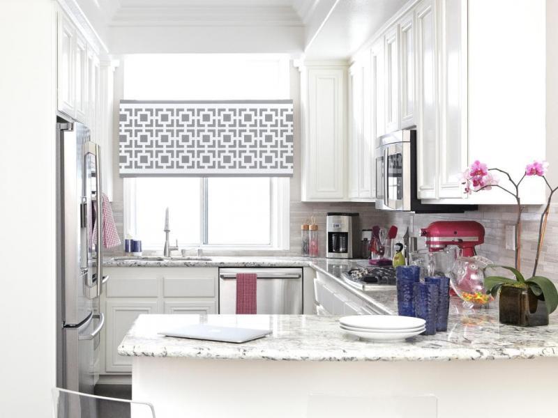 шторы для кухни в классическом стиле