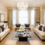 Дизайн гостиной с двумя прямыми диванами