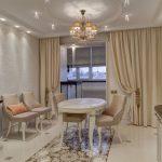 современная классика шторы в квартиру