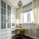 Декорирование окна короткими занавесками