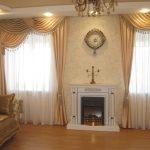 шторы в гостиной классические