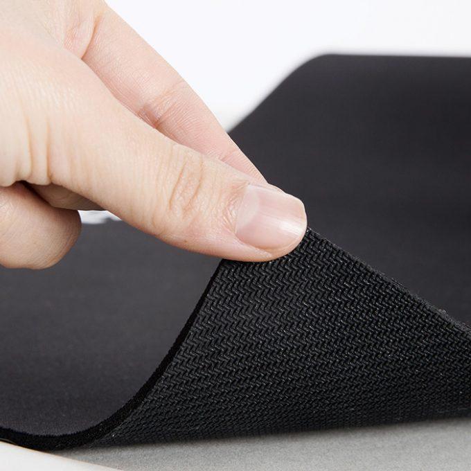 очистка коврика для мышки