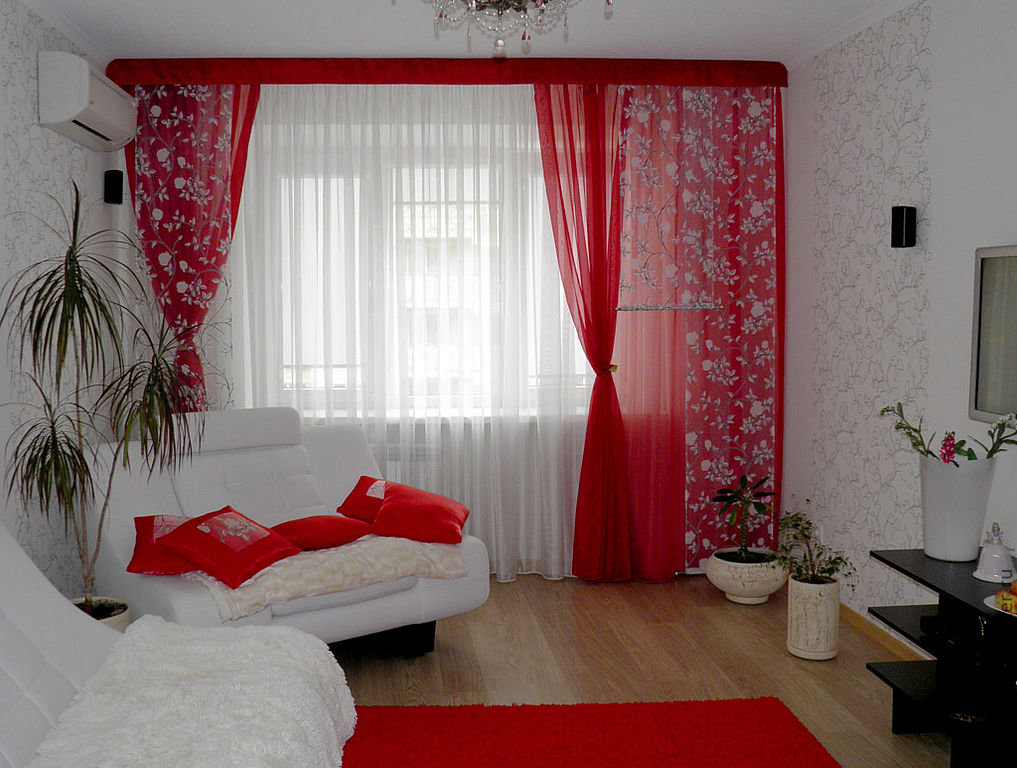 шторы своими руками в гостиной