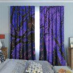 фиолетовые шторы с рисунком