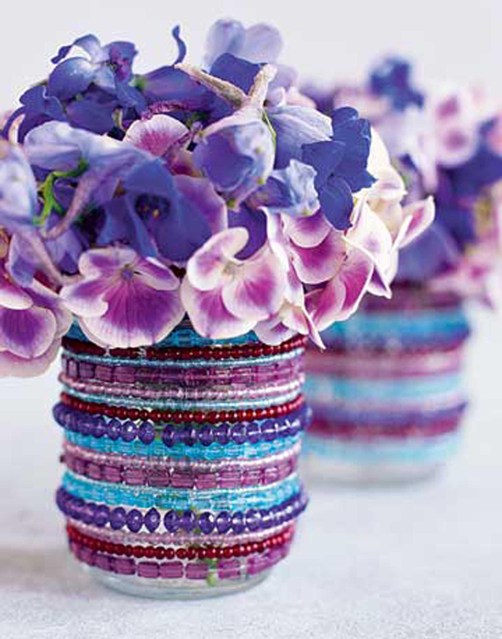 декор вазы бусинами