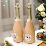 оформление бутылок шампанского на свадьбу фото декора