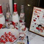 оформление бутылок шампанского на свадьбу фото варианты