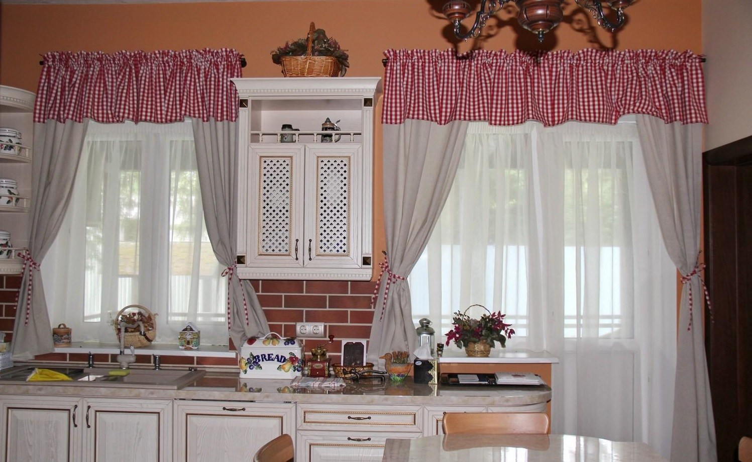 шторы и тюль для кухни