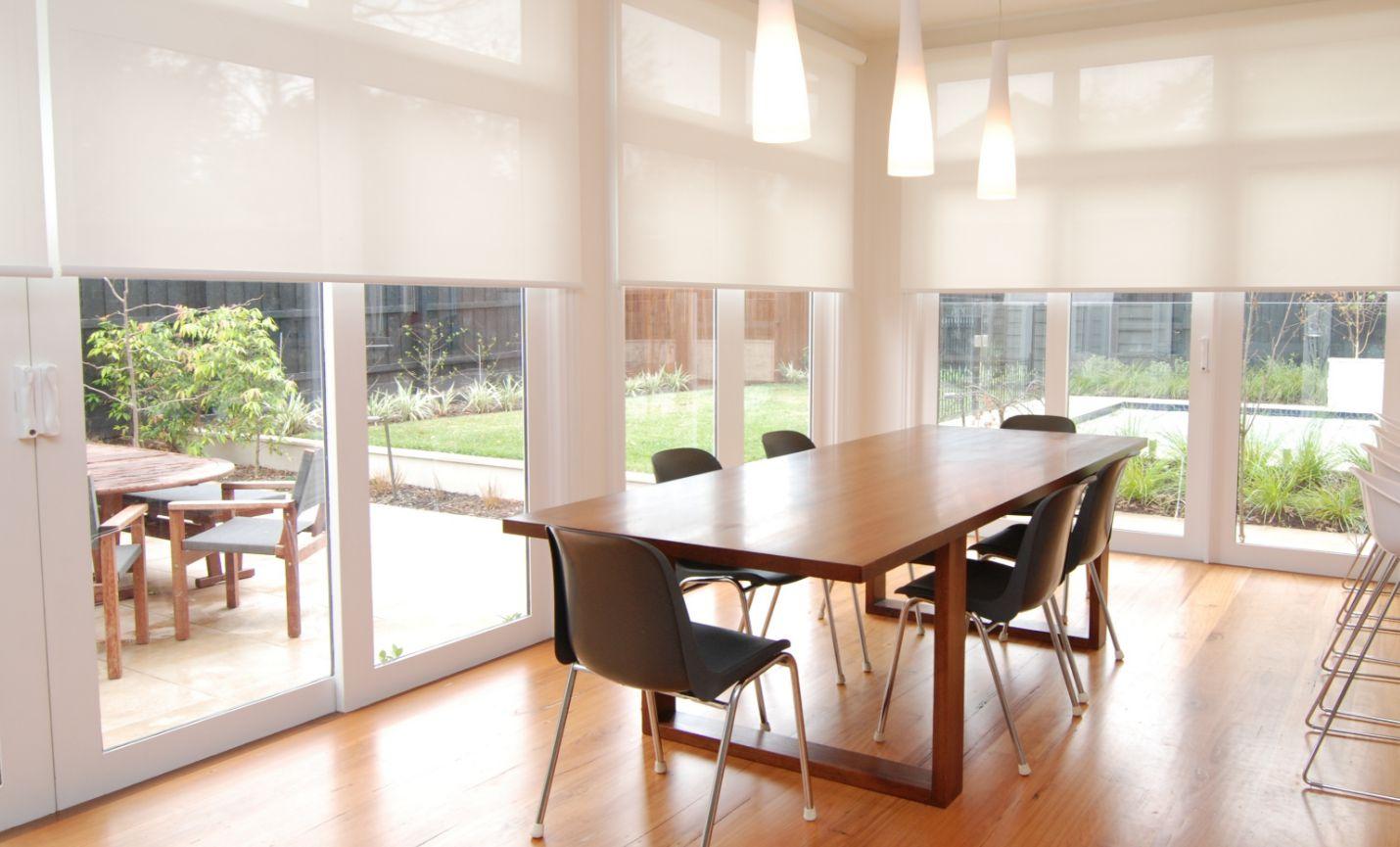 шторы на панорамные окна фото оформления