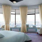шторы на панорамные окна текстиль идеи