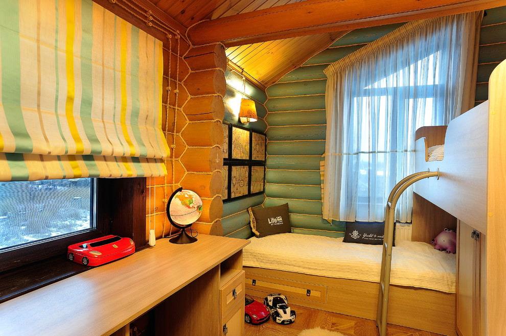 шторы в деревянном доме фото интерьер