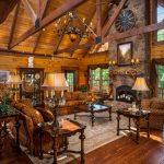 шторы в деревянном доме фото оформление