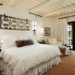 шторы в деревянном доме фото варианты