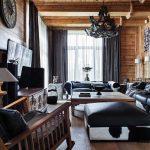 шторы в деревянном доме стиль