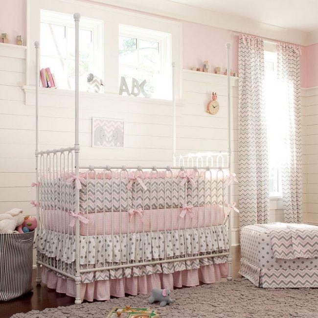 бортики в кроватку фото интерьер детской комнаты