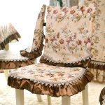 чехлы на стулья со спинками фото оформление