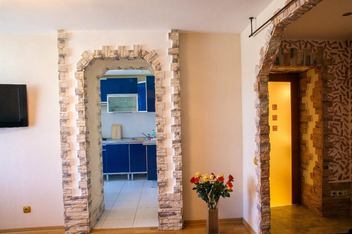 дверной проем искусственный камень