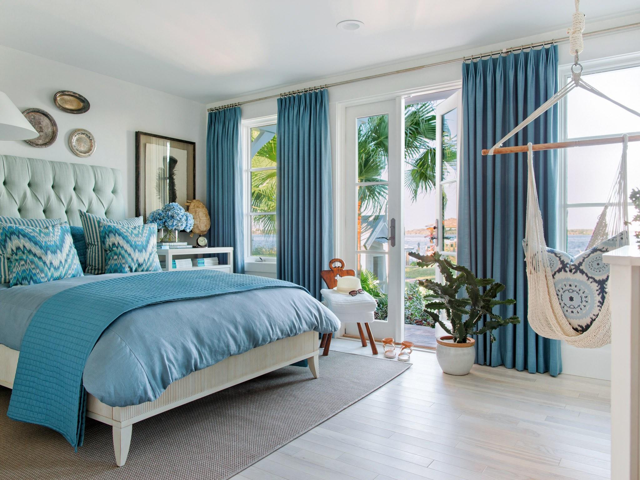комплект из штор и покрывала для спальни декор