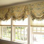 короткие шторы интерьер фото
