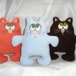 подушка кот мягкие лапки