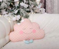 мягкая подушка облако