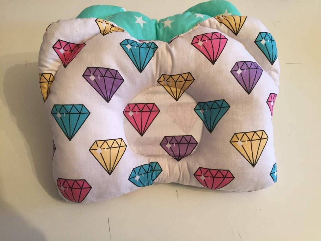 подушка для новорожденного виды фото