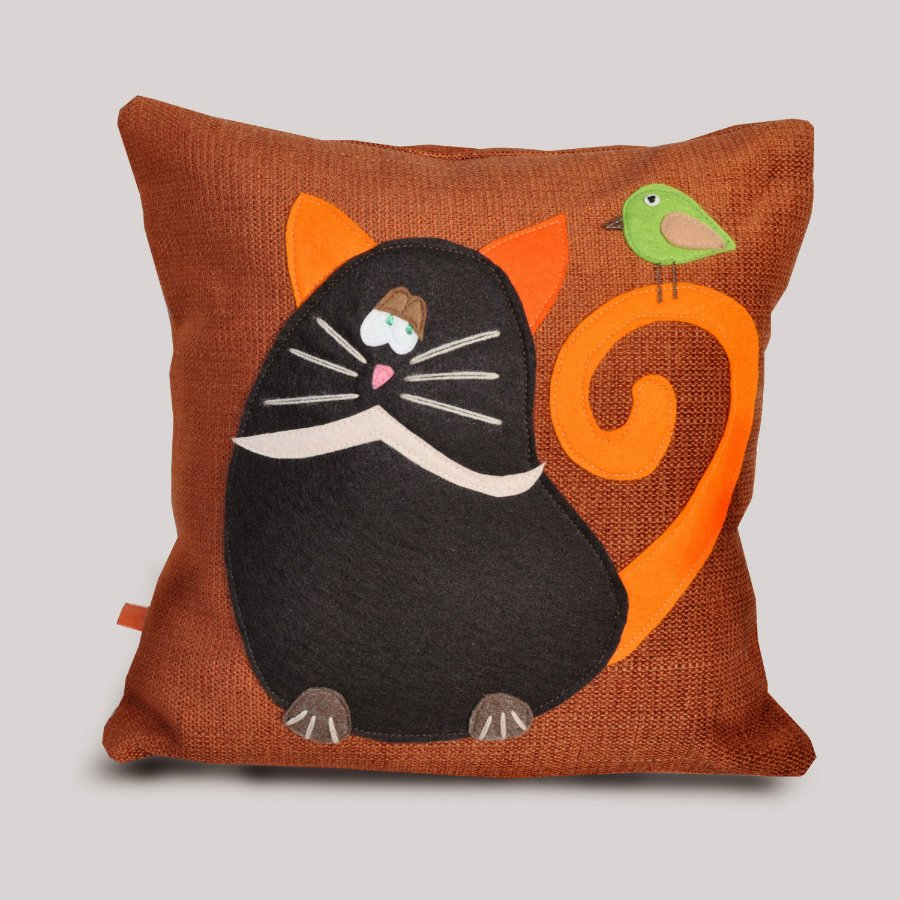 подушка кот дизайн