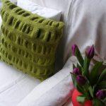 подушка вязаная декор идеи