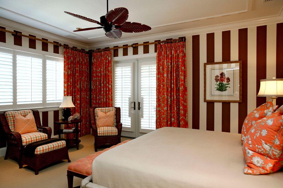 шторы в спальню с жалюзи