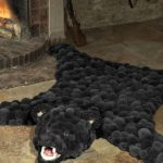 коврик из помпонов шкурка