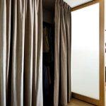 шторы в гардеробную вместо дверей идеи оформления