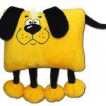 подушка собака с чубчиком