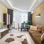 современные шторы в гостиной дизайн интерьера