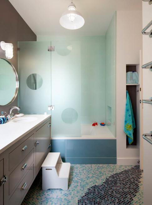 стеклянная шторка для ванной комнаты