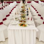 чехлы на стулья со спинками свадебные