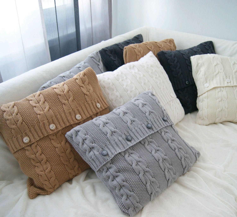 подушка вязаная наволочка