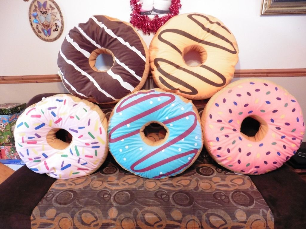 подушки пончики