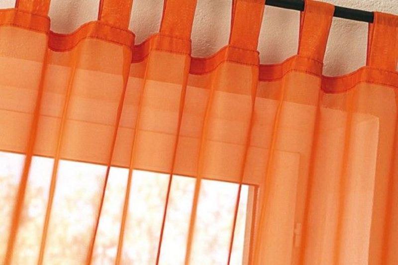 оранжевые шторы в этническом стиле