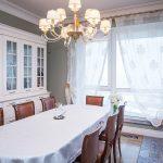 белые шторы в гостиной идеи декор