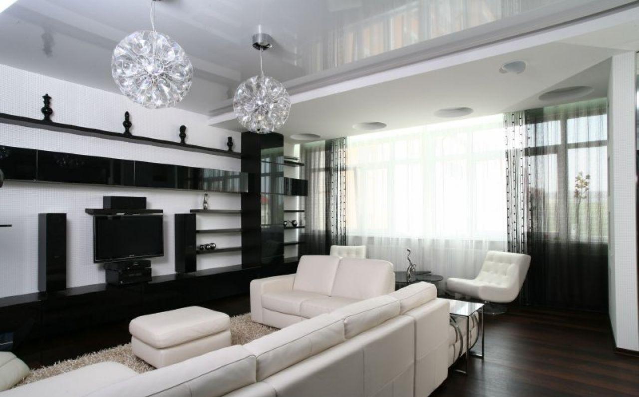 белые шторы в гостиной идеи