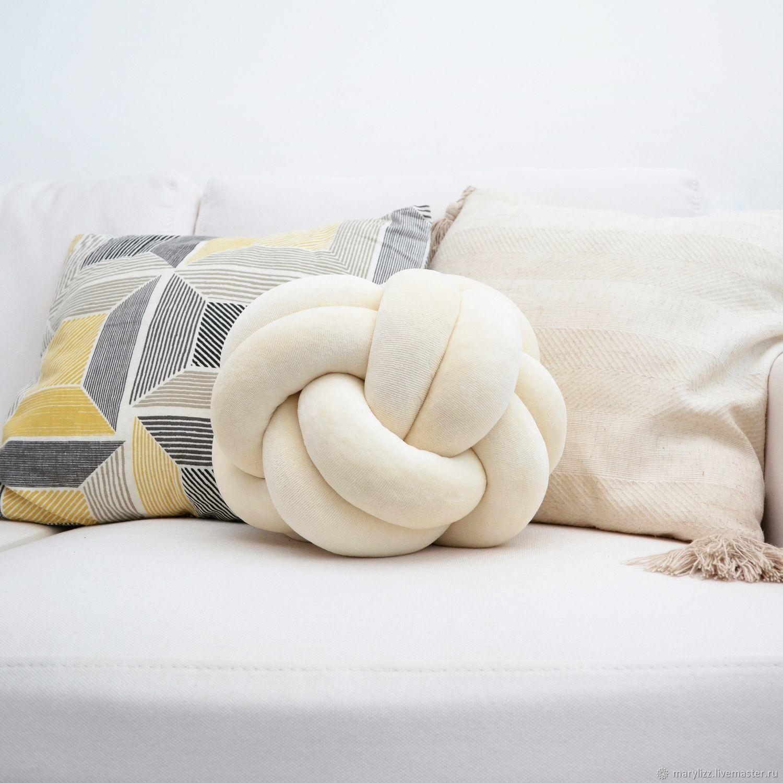 для интерьера подушка узел
